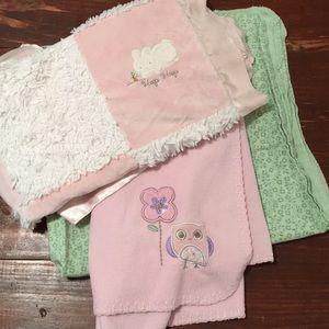 [ Newborn / Toddler Girl Baby Blankets ] Set of 3